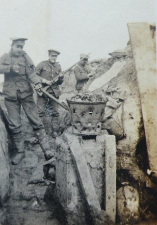 Queen's Westminster Rifles in the trenches at Houplines | Steve Hammond Collection