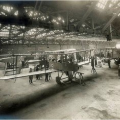 Completed DH9 bombers in the main erection shop at the Alliance Aeroplane Company Ltd, Cambridge Grove.   Hammersmith and Fulham Archives