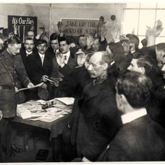 New recruits taking the oath at the White City Recruiting Station, December 1915.    Hammersmith and Fulham Archives