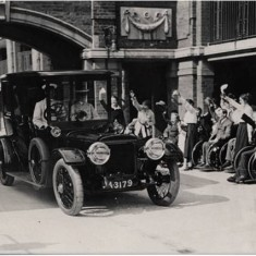 Queen Mary and Princess Mary departing War Seal Mansions, following a visit,  5 Jun 1919.   Hammersmith and Fulham Archives
